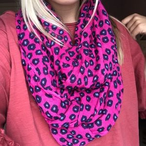 Lilly Pulitzer Amuse Bouche infinity scarf